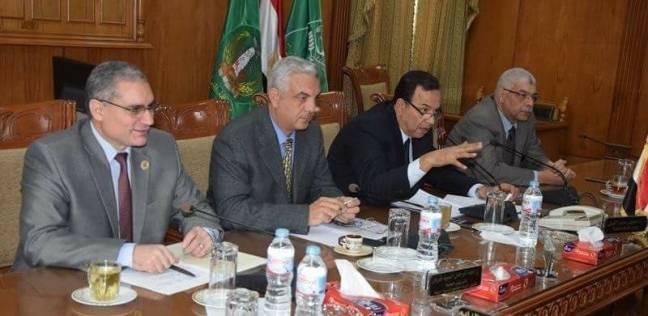 رئيس جامعة المنوفية يترأس جلسة مجلس إدارة المستشفيات الجامعية