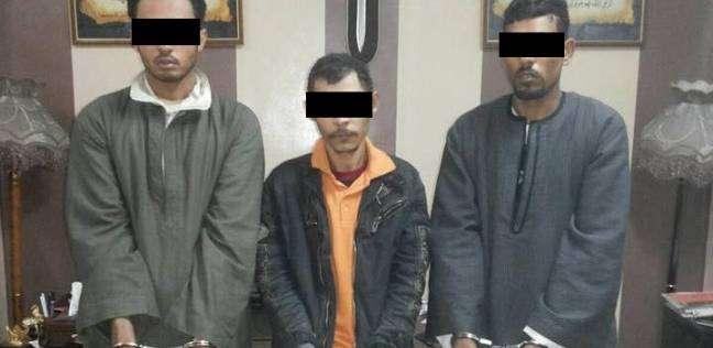 الإعدام شنقا لعامل والمؤبد لاثنين آخرين لقتلهم ضابط بالمعاش في قنا