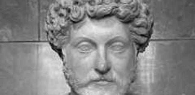 تمثال لرأس الإمبراطور دقلديانوس