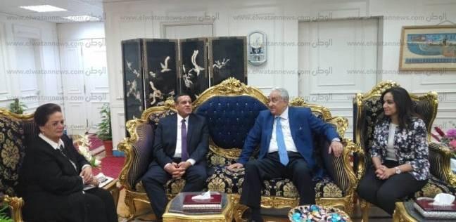 محافظ البحيرة الجديد يستقبل نادية عبده بحضور نقيب المحامين