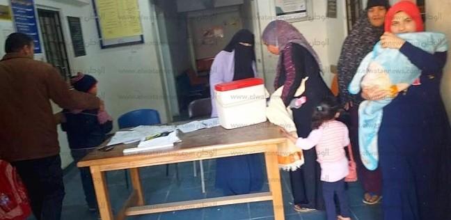 بالصور| رئيس مدينة دسوق يتابع حملة تطعيم الأطفال ويوجه بإزالة المعوقات