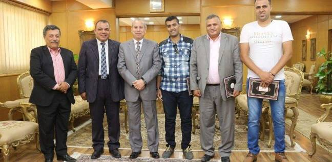 محافظ دمياط يكرم مراكز الشباب الفائزة في دوري المحافظة