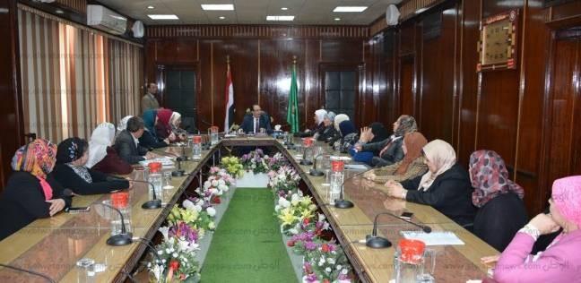 """""""قومي المرأة"""" يوقع بروتوكول تعاون مع الهيئة العامة لتعليم الكبار"""
