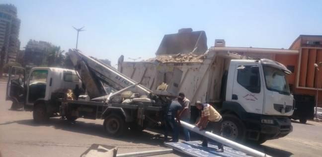 محافظ الجيزة: بدء تركيب إشارات مرور إلكترونية بشارع النيل في إمبابة