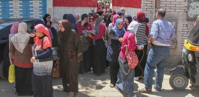 محافظ بورسعيد: منع دخول التليفون المحمول لجان الثانوية العامة