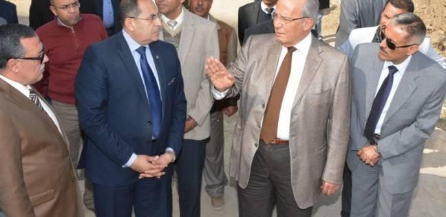 وزير التنمية المحلية يتفقد متحف الآثار وكورنيش النيل بسوهاج