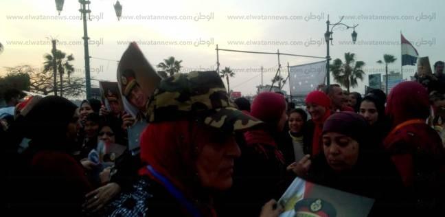 """""""كلنا معاك"""" و""""مستقبل وطن"""" في دمياط يحتفلون بفوز السيسي"""