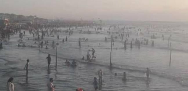إنقاذ 27 من الغرق وتسليم 72 طفلا تائها لذويهم في رأس البر