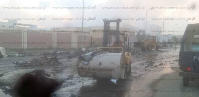 السيطرة على حريق هائل بمصنع لمبات بالمنطقة الصناعية في قويسنا