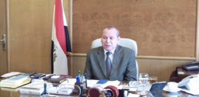 """محافظ دمياط يحيل مسؤولين بـ""""حماية الأراضي"""" بكفر سعد للتحقيق"""