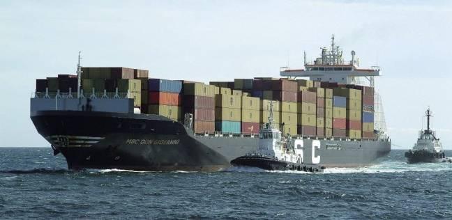 انخفاض إيرادات قناة السويس.. ومميش: السبب تراجع التجارة في كل العالم