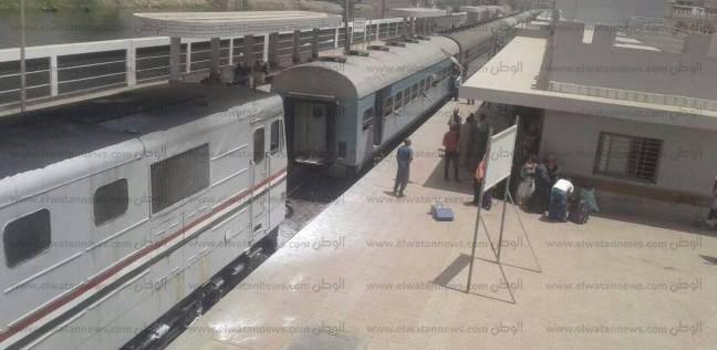 """""""أمن الشرقية"""": ماس كهربائي وراء حريق محدود بقطار أبوحماد"""