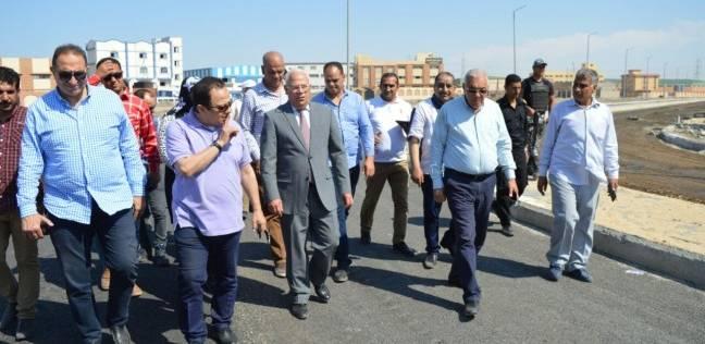 محافظ بورسعيد يتابع أعمال إنشاء مدرسة الفيروز الدولية