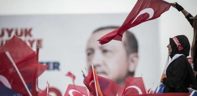 تركيا توقف استيراد النفط الإيراني التزاما بعقوبات واشنطن
