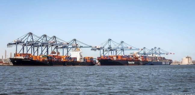 استمرار إغلاق بوغازي ميناءي الإسكندرية والدخيلة.. وانتظام عمليات الشحن