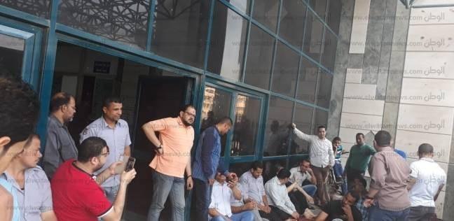 مدير مستشفى شبين الجامعي: إرسال أوراق أفراد الأمن لتثبيتهم