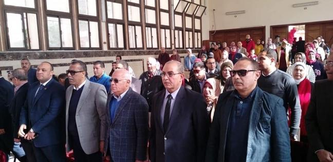 محافظ بورسعيد يشهد احتفالية مدارس هيئة قناة السويس بالعيد القومي