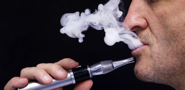 عضو جمعية الحساسية والمناعة يحذر من استخدام السجائر الإلكترونية