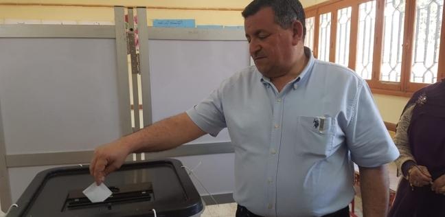 """أسامة هيكل يشيد بتوافد الأقصريين على """"استفتاء الدستور"""": صورة رائعة"""