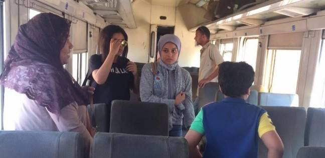 قطار يتقلب.. واللى بعده يطرد الركاب: «شوفوا مواصلة تانية»