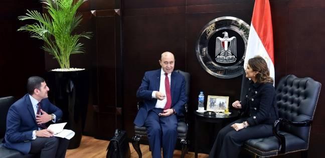نصر ومميش يبحثان خطة تشجيع الاستثمار بالمنطقة الاقتصادية في القناة
