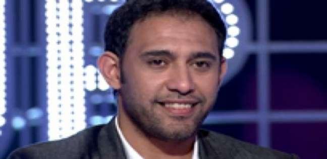 """""""عمرو مصطفى"""" للشباب المصري: """"عندك نزولة يا أبو الرجولة"""""""
