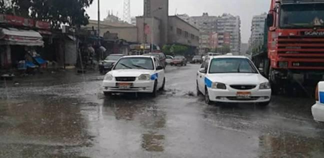 أهالي بورسعيد يطالبون المسئولين بتسليك بالوعات الأمطار