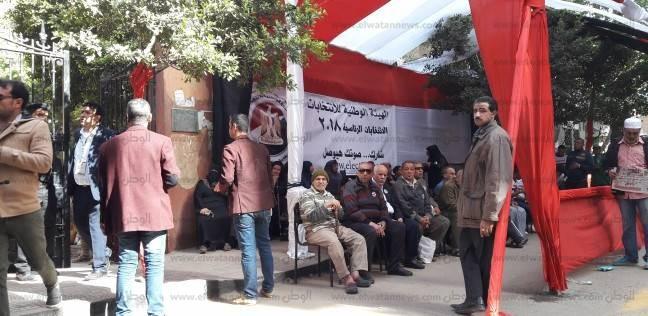 إقبال المواطنين على لجان فيصل والهرم للإدلاء بأصواتهم