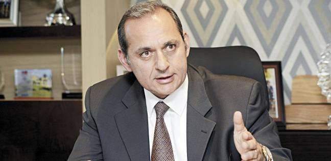 رئيس البنك الأهلي يحذر من تداول البيتكوين: يغلب عليها عدم الاستقرار
