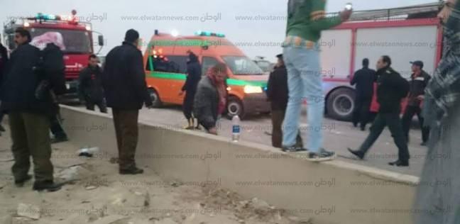 إصابة 15 في حادث انقلاب أتوبيس سياحي بطريق أرقين بأسوان