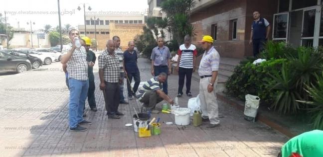 العاملون في ميناء الإسكندرية يدشنون حملة لنظافة الميناء