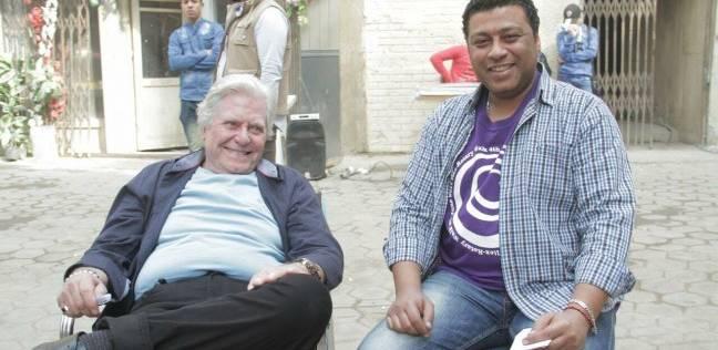 """محمد جمعة ينشر صورته مع حسين فهمي من كواليس """"السر"""""""