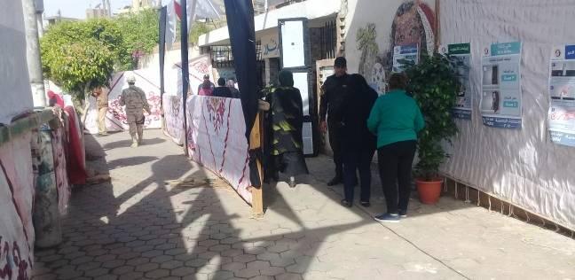 """الشباب يصوتون وينظمون الحركة أمام """"الإبراهيمية"""" في جاردن سيتي"""