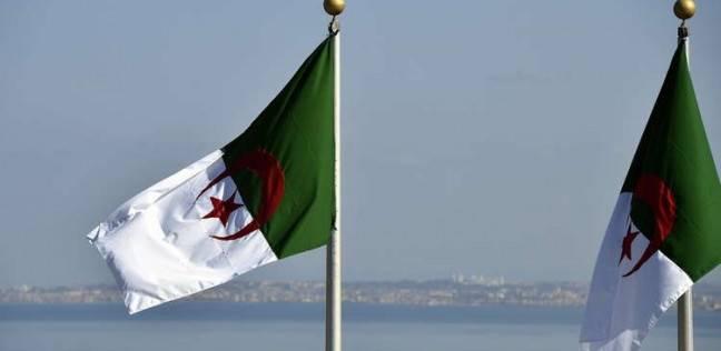 الجزائر تندد بقانون