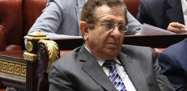 برلماني يطالب الحكومة بإعلان حالة الطوارئ ومراقبة الأسواق