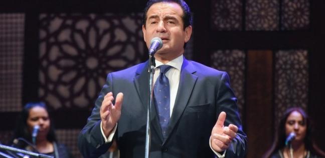 بالفيديو| محمد ثروت يشارك في حفل ختامالقاهرة عاصمة الشباب العربي