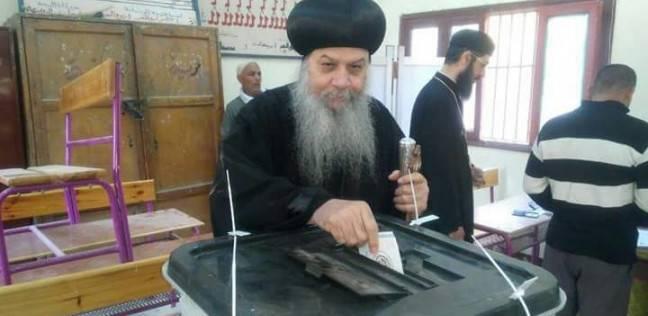 بالصور| أساقفة الكنيسة يدلون بأصواتهم في انتخابات الرئاسة