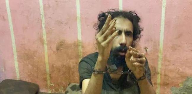 «والدته قيدته بالسلاسل»..خروج الشاب محمد من المستشفى بعد تماثله للشفاء