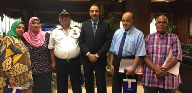 بالصور| تكريم الفائزين في قرعة حج ميناء الإسكندرية