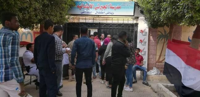 لجان دائرة النزهة تفتح أبوابها أمام الناخبين بعد انتهاء الاستراحة