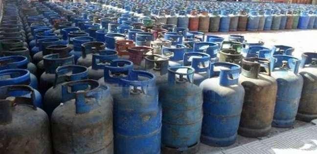 تحرير محضر ضد صاحب مستودع بوتاجاز لبيعه 500 اسطوانة بقنا