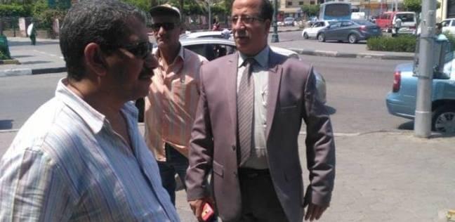 """حملة لمواجهة غسيل السيارات ومصادرة """"التوك توك"""" وتنظيف شوارع حي الزيتون"""