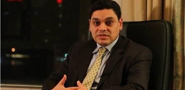 معتز عبدالفتاح: المحادثات بين السيسي والبشير لم تكن بروتوكولية