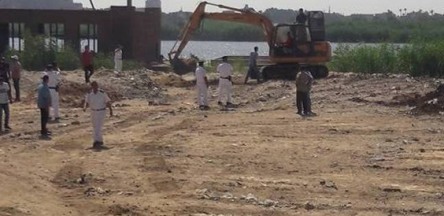 إزالة 144 حالة تعد على أراضى الدولة وطرح النيل في المنيا