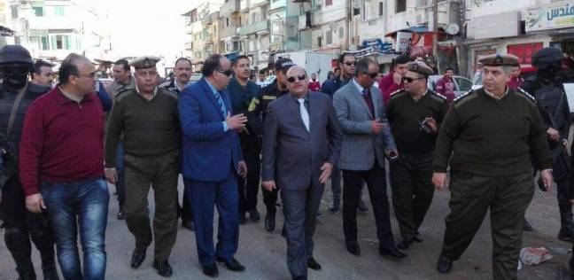 صور  حملة لإزالة الإشغالات والتعديات على الطريق العام بمدينة فارسك