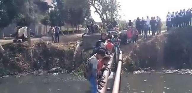 """مدير مدرسة """"الدلنجات"""": صور مرور التلاميذ على الماسورة بسيط وتم تضخيمه"""