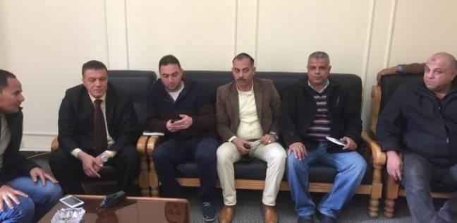 اعتصام 8 من ضباط الأمن الإداري في جامعة بنها احتجاجا على فصلهم
