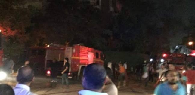 إصابة 8 عمال في حريق داخل مصنع بالعاشر من رمضان