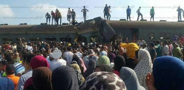 """شاهد عيان على تصادم قطاري الإسكندرية: شفت عربية بالكامل """"مهروسة"""""""