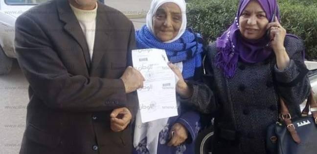 """""""زينب"""" ابنة الـ70 عاما للسيسي: """"اترشح تاني مصر وولادها عاوزينك"""""""
